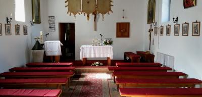 Hollókő templom belül