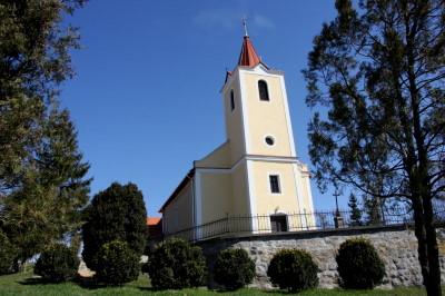 Kazár Római Katolikus templom